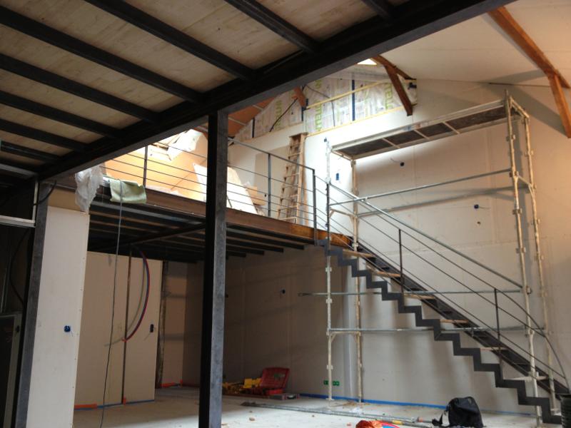 Loft mezzanine metallique cout angers design - Prix poutre ipn acier ...
