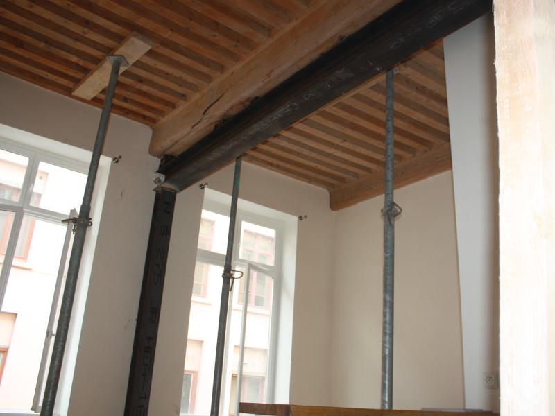 Structure bois plancher clermont ferrand 23 - Decoration poutre en bois ...